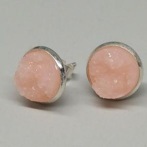 Jewelry - 2 for $10 💖 Soft peach druzy studs